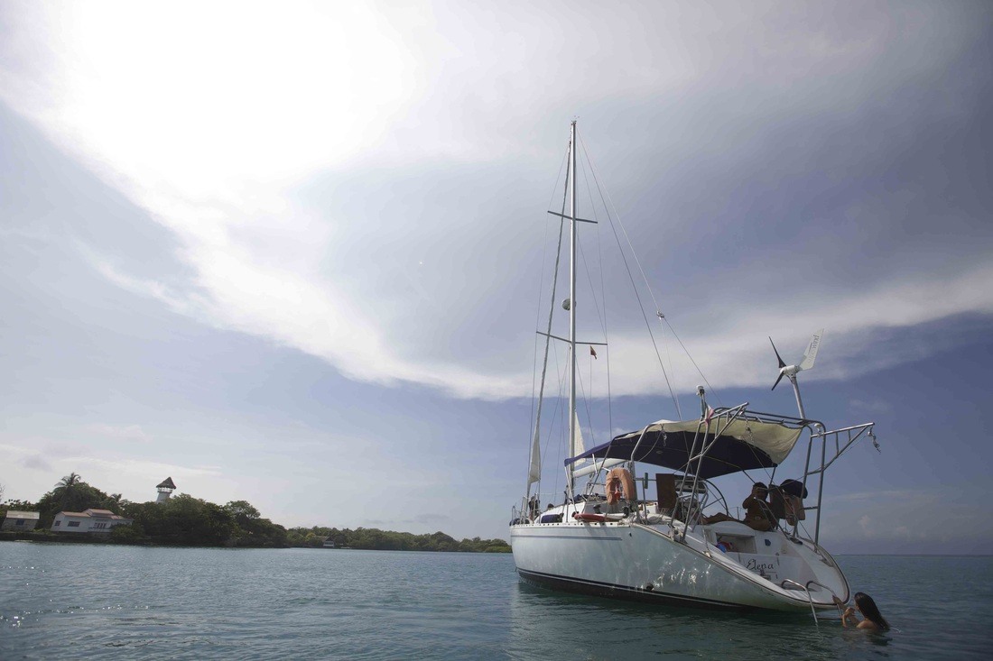 sailing boat charter in cartagena
